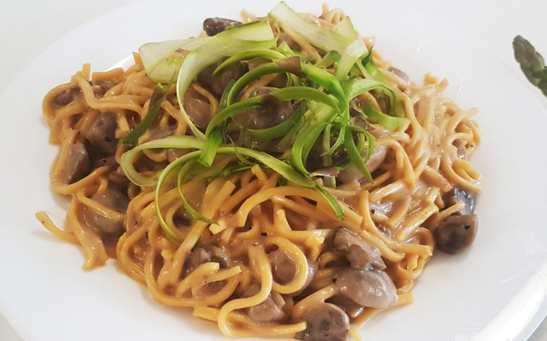 Mushroom Pasta with Asparagus in Black Pepper Sauce